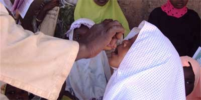 A-girl-receives-polio-drops-at-a-madrassa-in-Zamfara-state