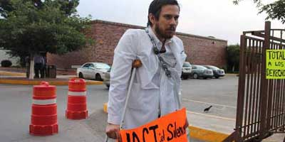 Mexico: Doctor's Hunger Strike Brings Breakthrough Improvements in Safety for Students
