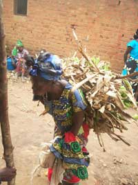 DRC-woman-at-work-5