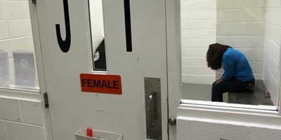 woman_detention